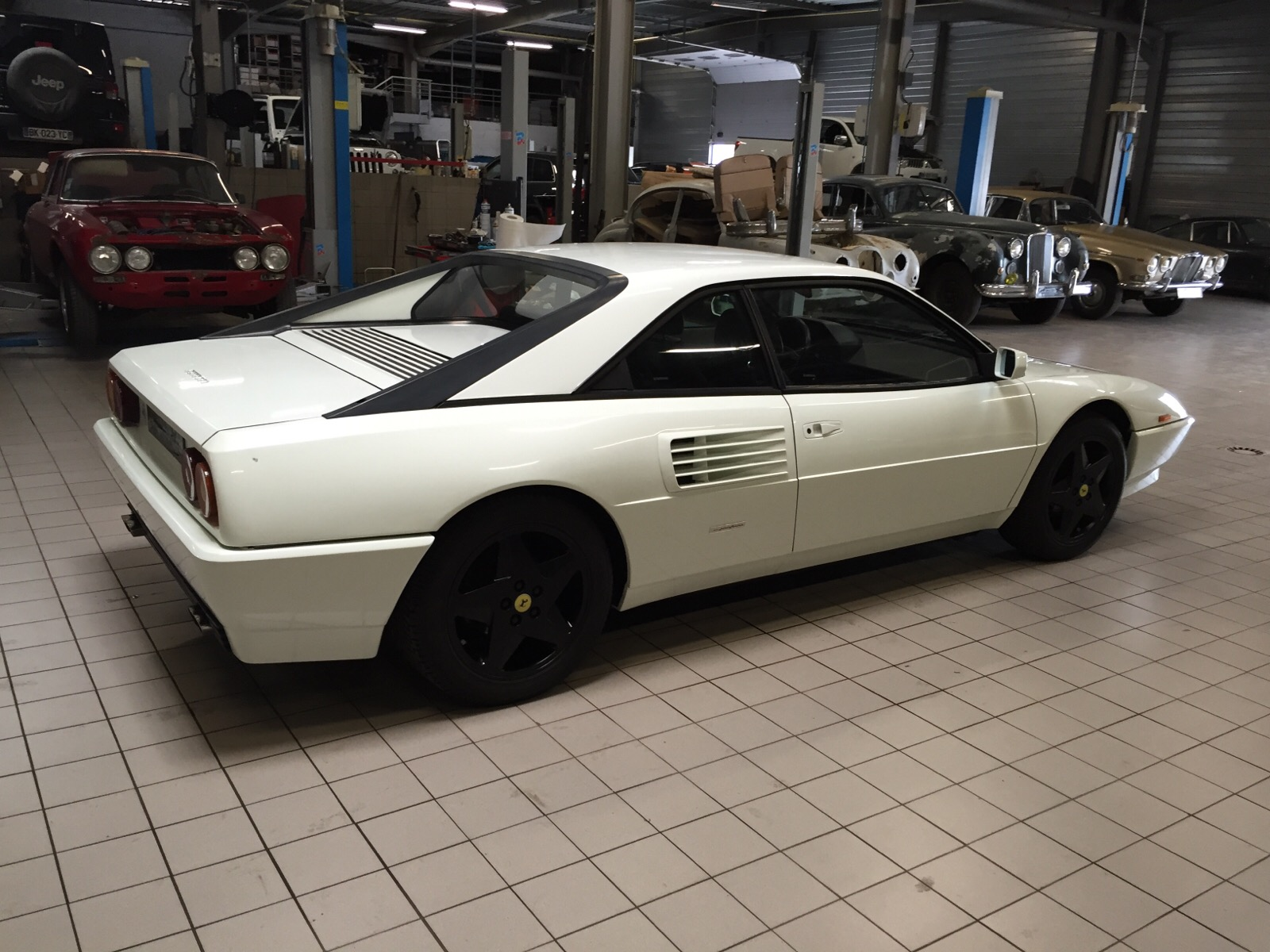 kit distribution ferrari mondial t used 1991 ferrari mondial for sale in kent pistonheads. Black Bedroom Furniture Sets. Home Design Ideas