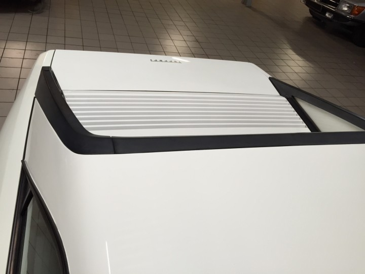 Ferrari_MondialT_B4cars_3080