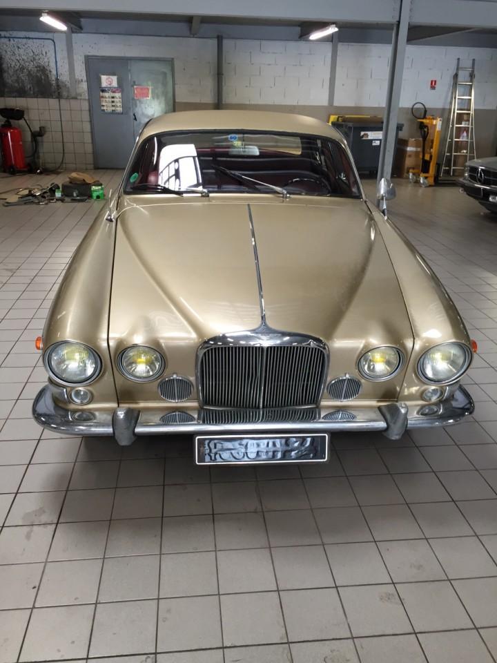 Jaguar_420G_B4cars_2914