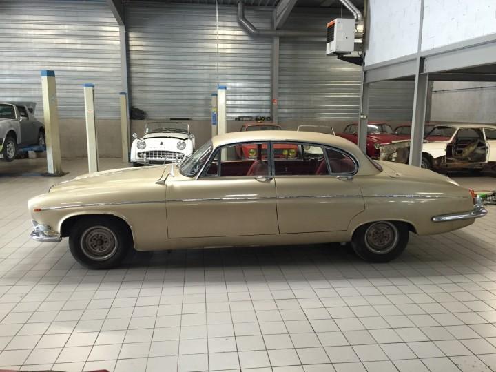 Jaguar_420G_B4cars_2922