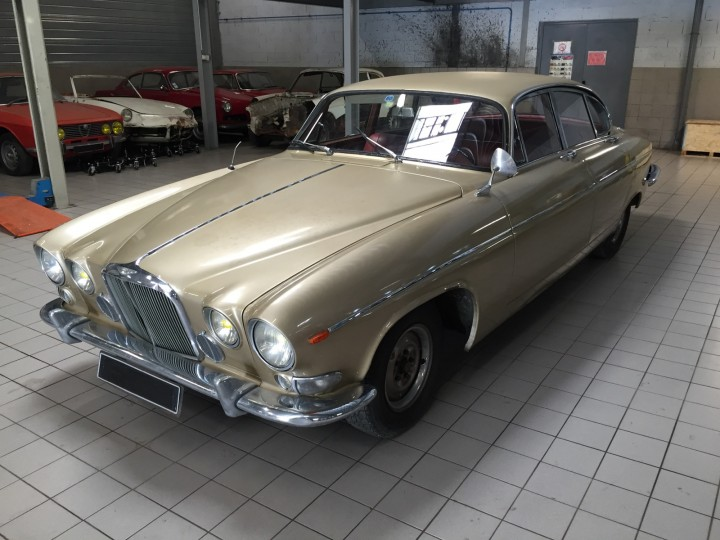 Jaguar_420G_B4cars_2924