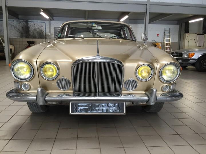 Jaguar_420G_B4cars_2925