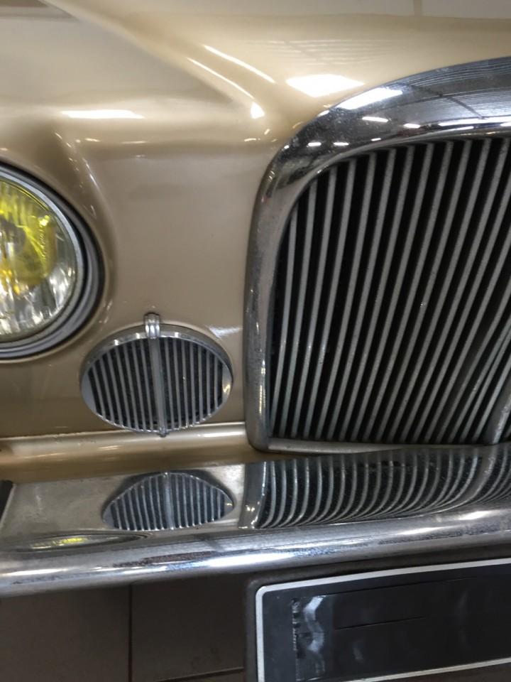 Jaguar_420G_B4cars_2936