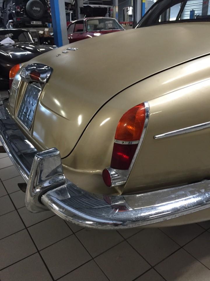 Jaguar_420G_B4cars_2956