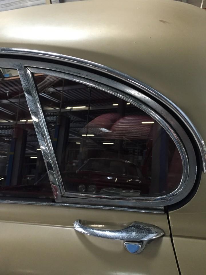 Jaguar_420G_B4cars_2970