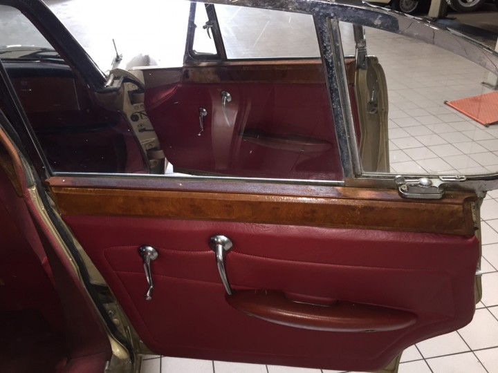 Jaguar_420G_B4cars_2997