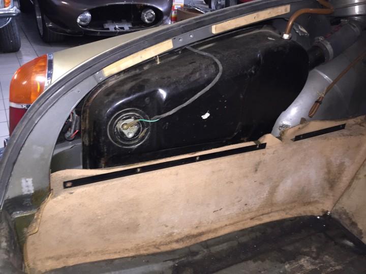 Jaguar_420G_B4cars_3011