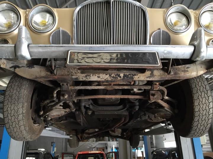 Jaguar_420G_B4cars_3037