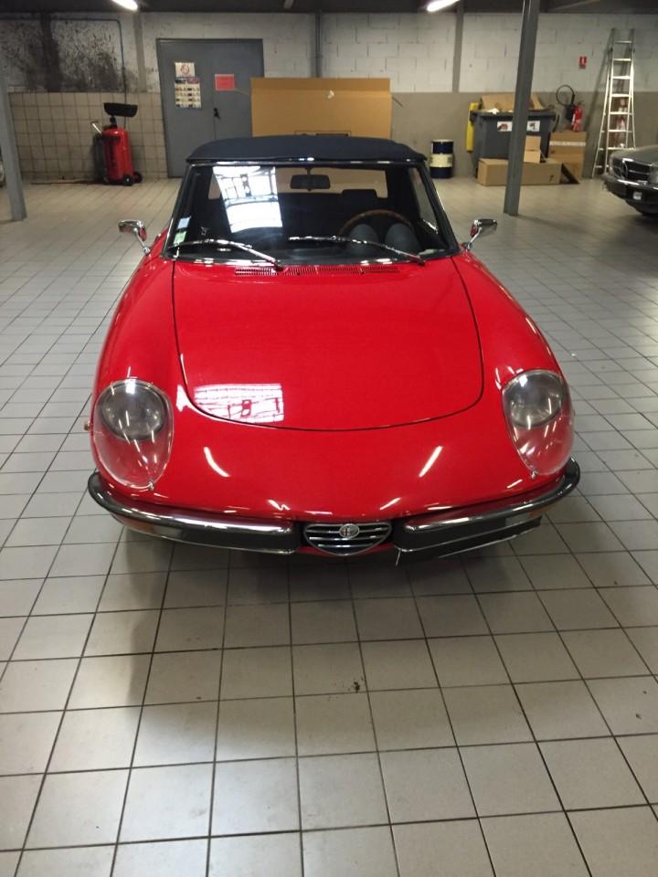 Alfa_Romeo_Spider_3584