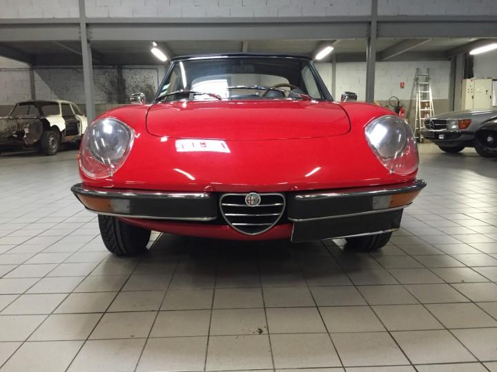 Alfa_Romeo_Spider_3595