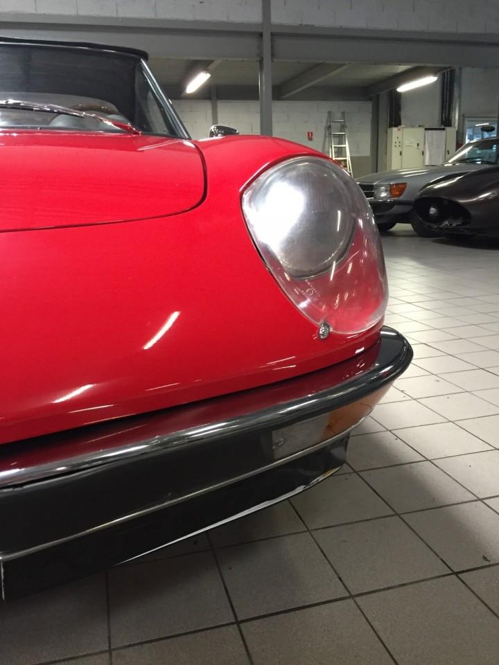 Alfa_Romeo_Spider_3600