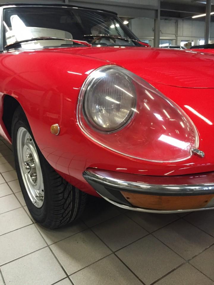 Alfa_Romeo_Spider_3604