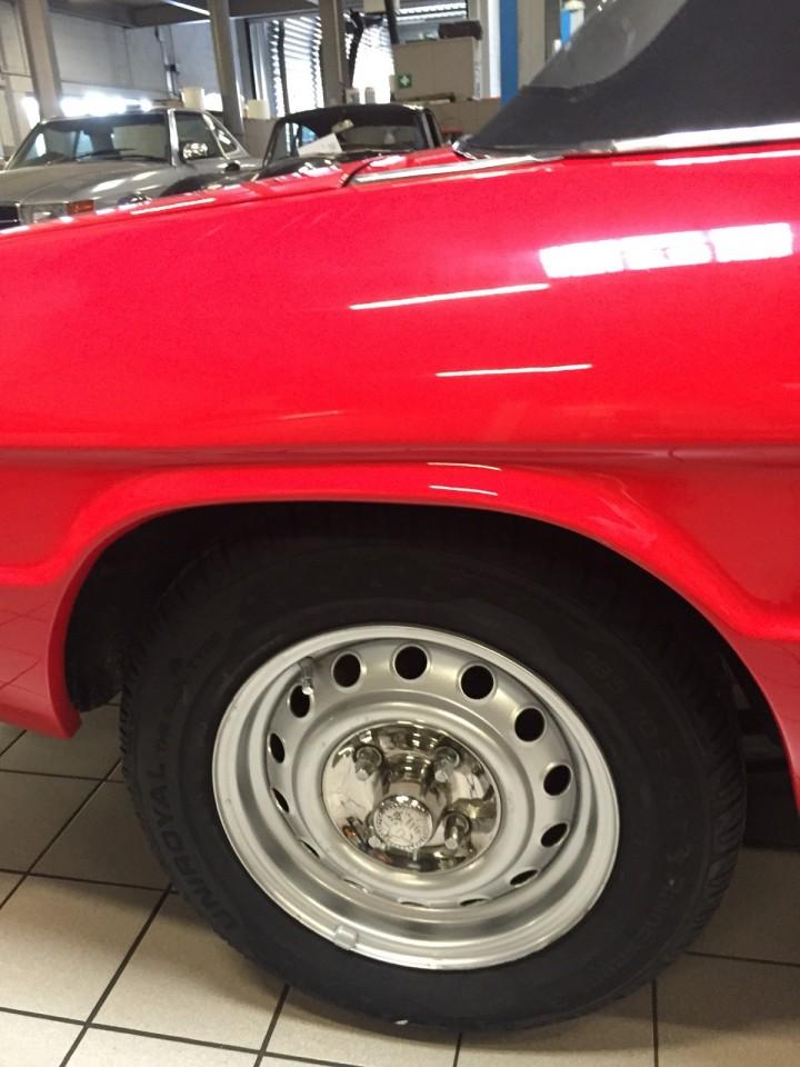 Alfa_Romeo_Spider_3610