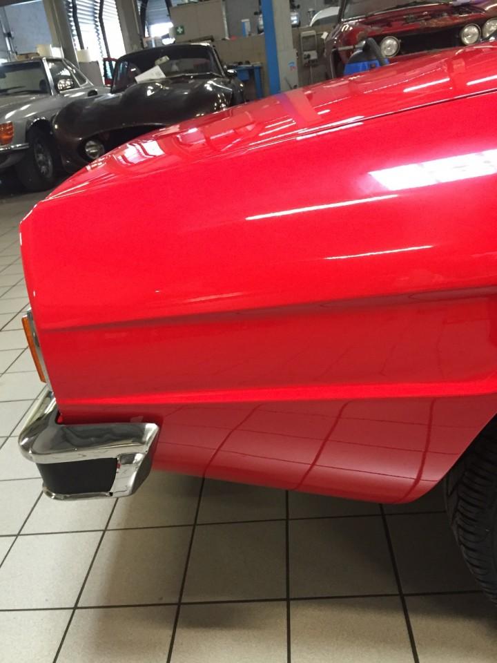 Alfa_Romeo_Spider_3611