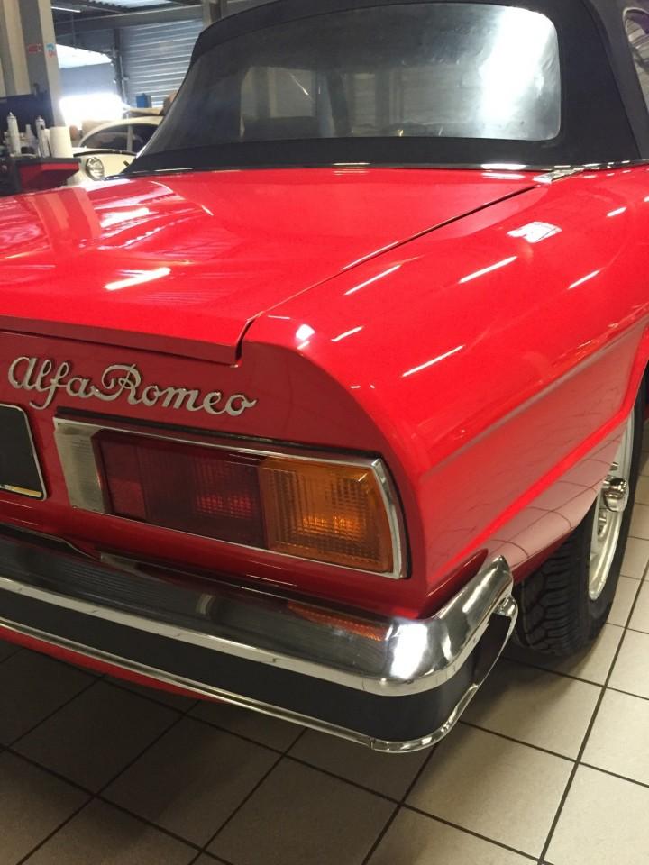 Alfa_Romeo_Spider_3612