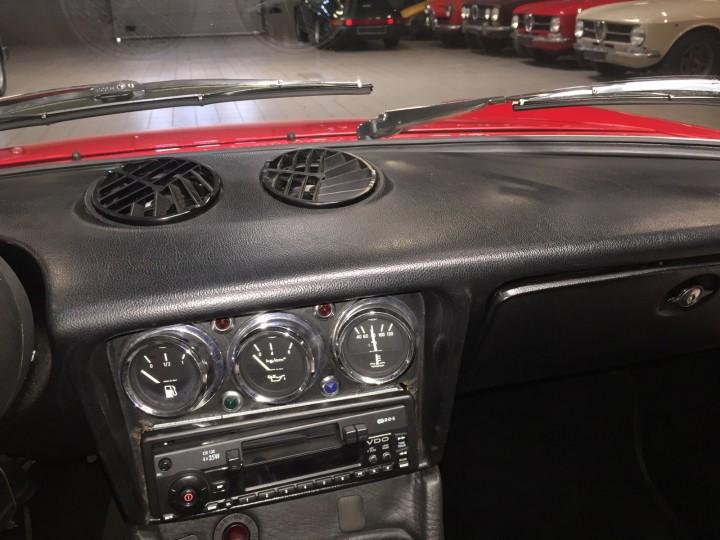 Alfa_Romeo_Spider_3633