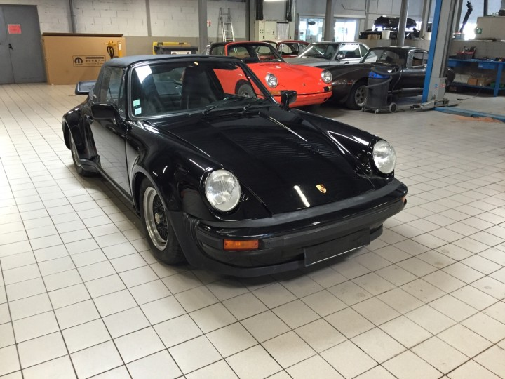 Porsche_911_Targa_B4Cars_4431