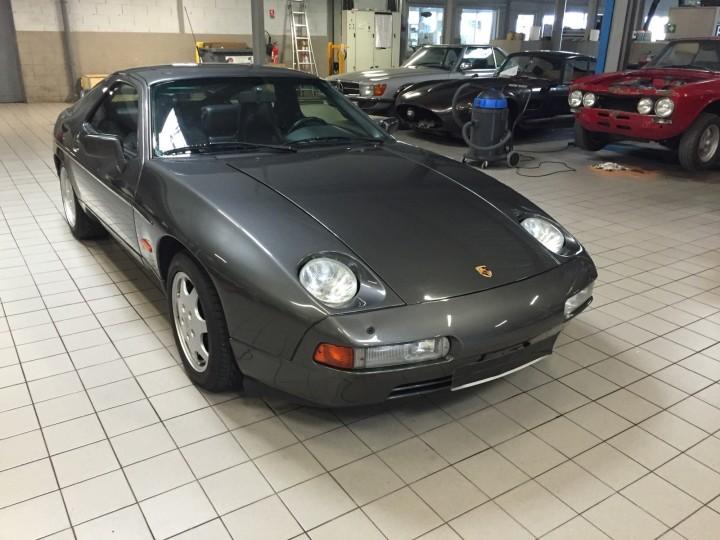 Porsche_928_S4_B4cars_3446