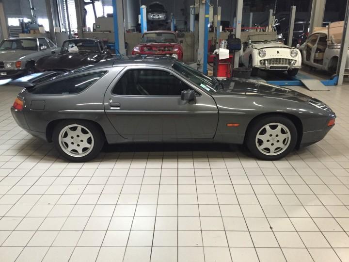Porsche_928_S4_B4cars_3449