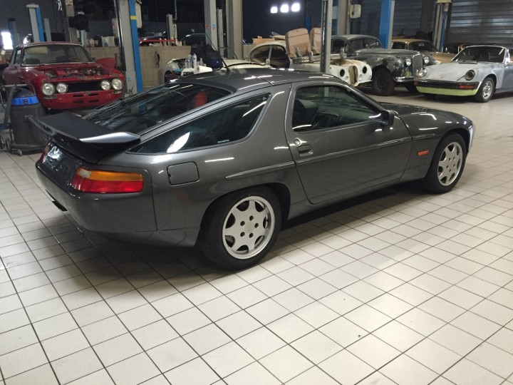Porsche_928_S4_B4cars_3450