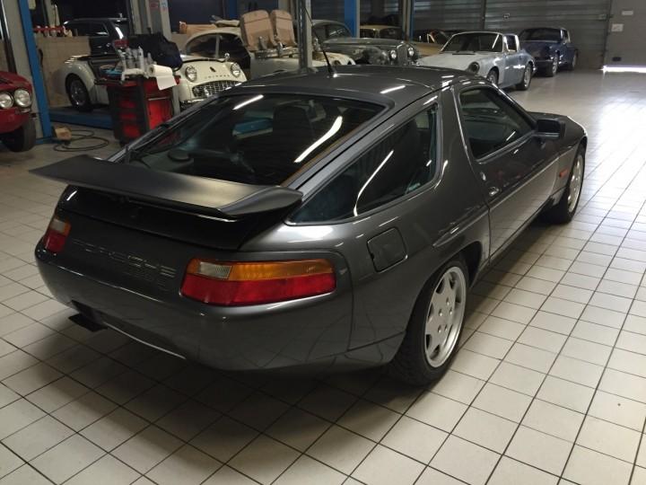 Porsche_928_S4_B4cars_3451