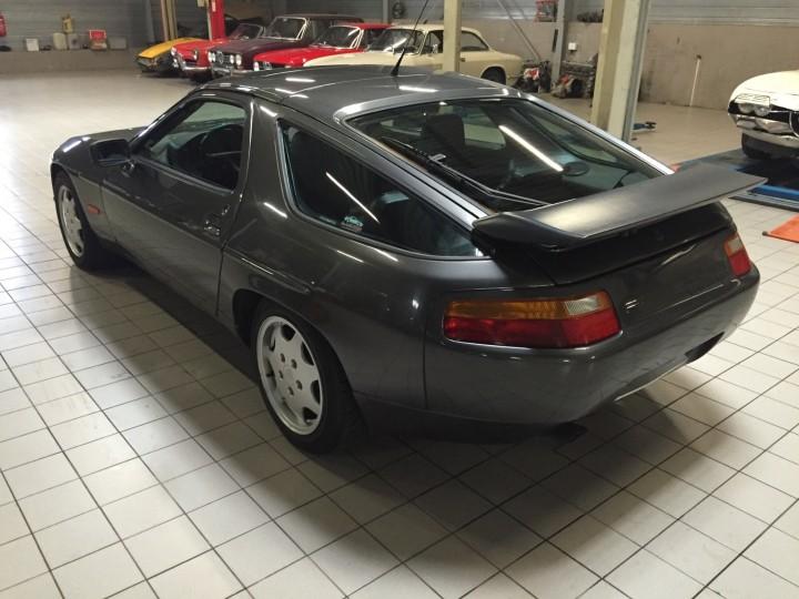 Porsche_928_S4_B4cars_3453