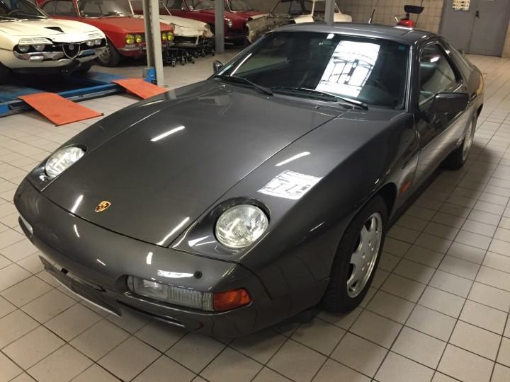 Porsche_928_S4_B4cars_3457