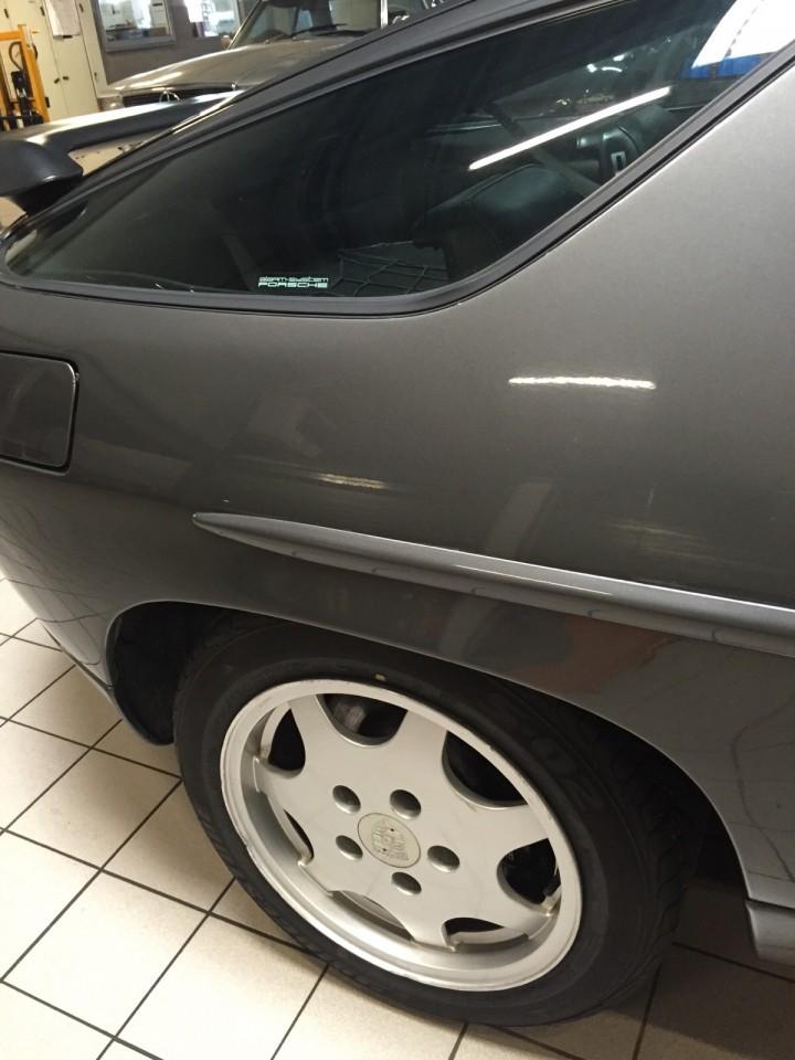 Porsche_928_S4_B4cars_3478