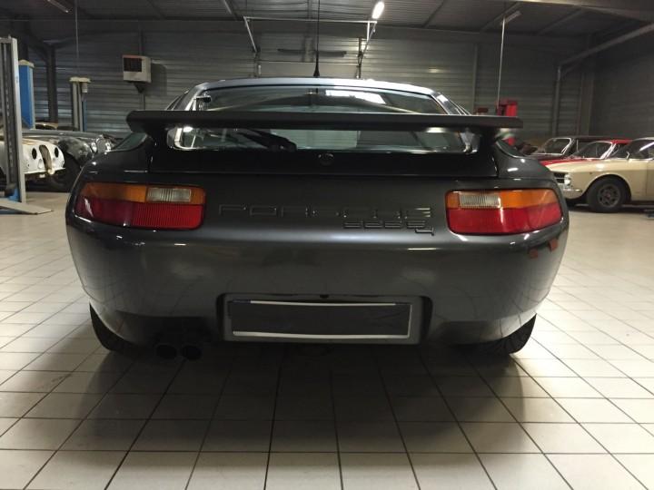 Porsche_928_S4_B4cars_3482