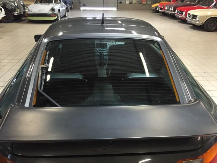 Porsche_928_S4_B4cars_3483