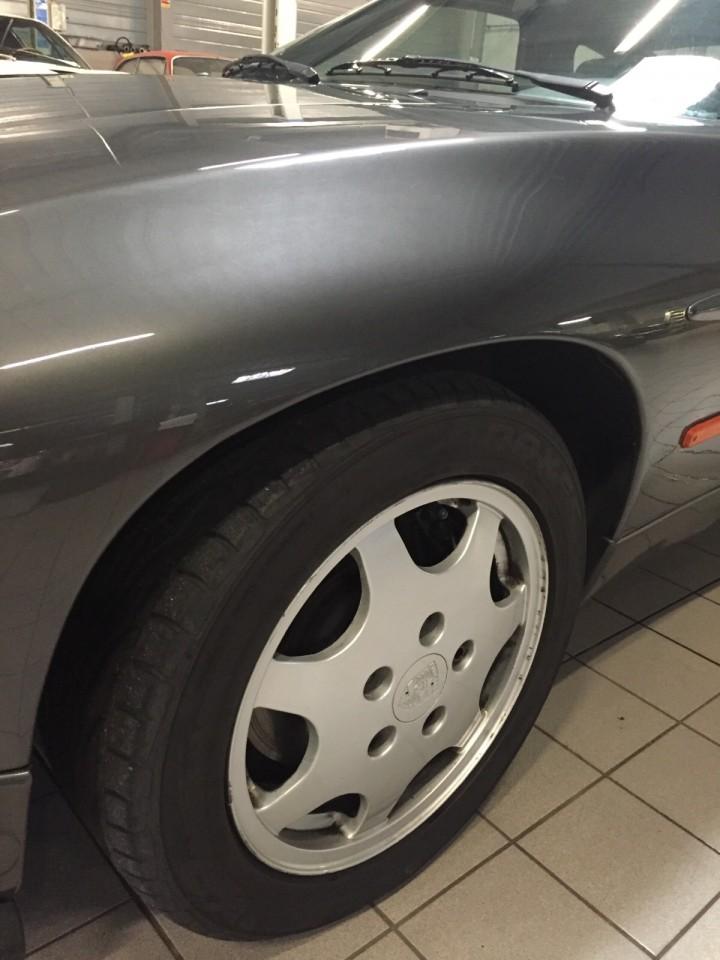 Porsche_928_S4_B4cars_3497