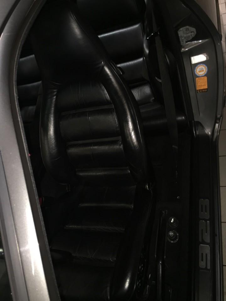 Porsche_928_S4_B4cars_3507